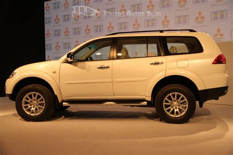 mitsubishi india mitsubishi pajero sport car in india prices reviews