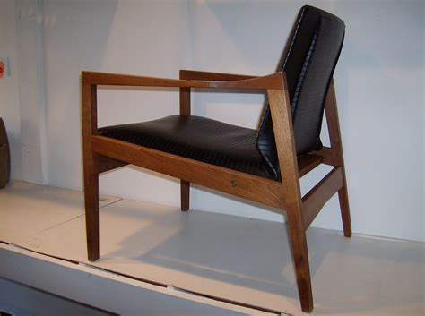 Find A Chair Design Ideas The Fabulous Find Mid Century Modern Furniture Showroom In B C S Mid