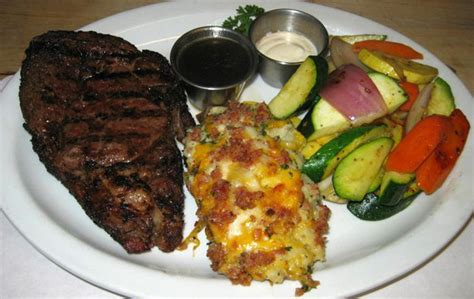 coach house coos bay or lunch desserts coach house restaurant lounge coos bay or