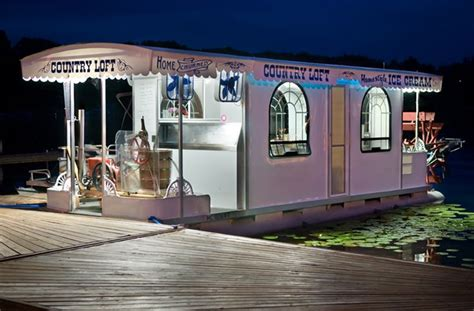 pontoon boats sleeping quarters this is cute old and new shanny boats pinterest