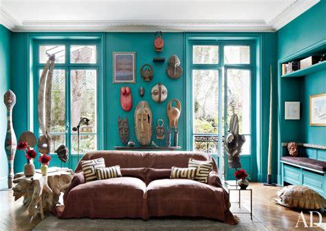 paris living room arranging artwork the interiorator way interiorator