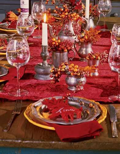 how to decorate your home for thanksgiving smart thanksgiving decorating ideas tablecloth table