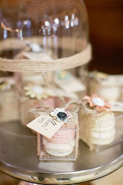 Unique Wedding Giveaways - 25 best ideas about unique wedding favors on pinterest creative wedding favors