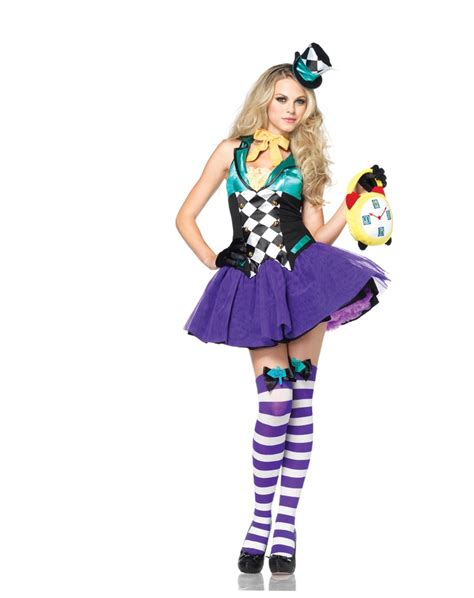 343 best COSTUMES - DEGUISEMENTS images on Pinterest ... Female Mad Hatter Costume