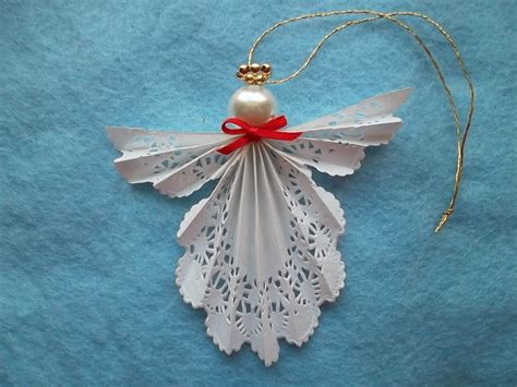 How To Make Paper Ornament - paper doily ornament