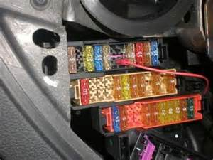 solved where is the fuse and relay box on the audi q7 fixya