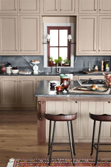 lake house kitchen ideas 17 best ideas about lake house kitchens on cabin doors house decor and