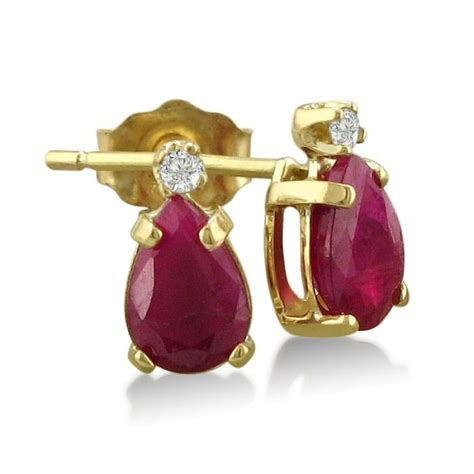 Ruby 11 2ct 2ct pear ruby and earrings in 14k yellow gold