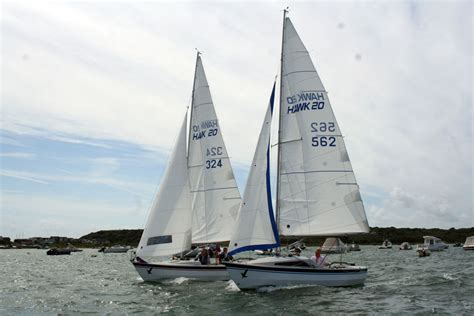 sailing boat information sailboat sailing yacht sailing dinghies rowing boats