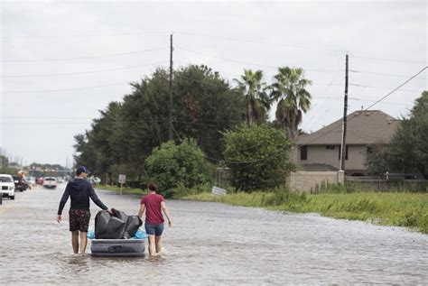 the brief harvey flooded houston homeowners left in the lurch the tribune