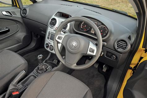 opel corsa 2002 interior vauxhall corsa facelift pictures auto express