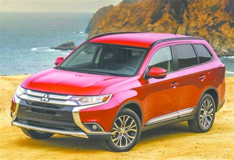 mitsubishi crossover 2016 mitsubishi revs up the outlander crossover for 2016 with