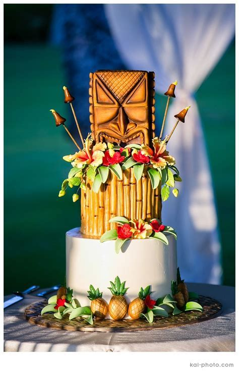 Hawaiian Luau Tiki Wedding Cake   Wedding Decor