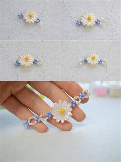 how to make a beaded flower necklace diy a beaded flower bracelet jewelry pendants
