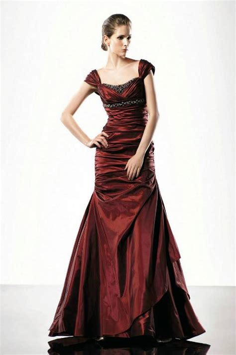 formal evening gowns for