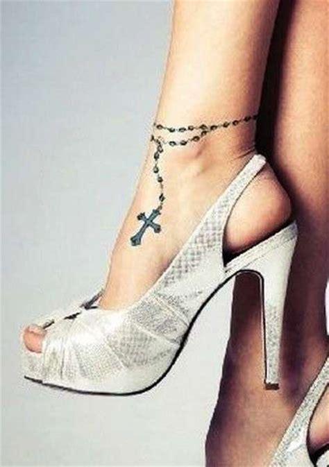 tatuaggi caviglia interna disegno di un rosario