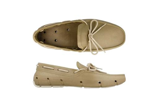 boat shoes get wet the world s best boat shoes