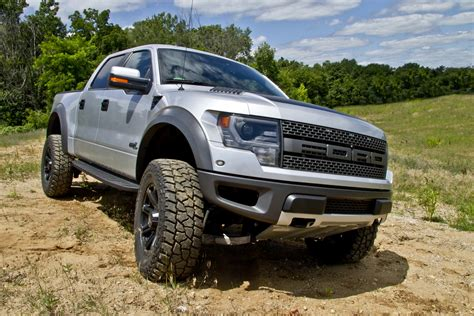 ford raptor lifted ford raptor lift kit 2017 ototrends net