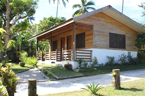 carasuchi bungalows updated   bedroom bungalow  tagaytay  terrace  outdoor dining