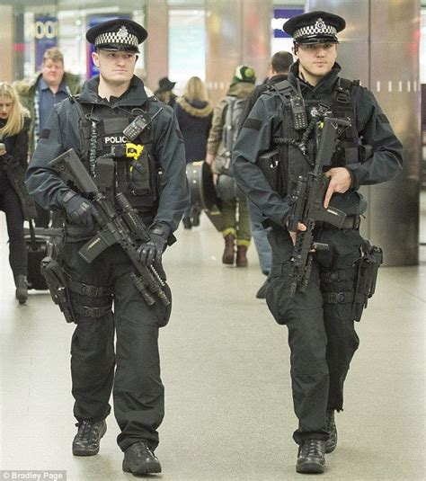 police uniform supplies 194 best cops police wallopers images on pinterest