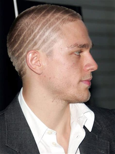how to get thecharlie hunnam haircut why i m devastated charlie hunnam s quit the fifty shades