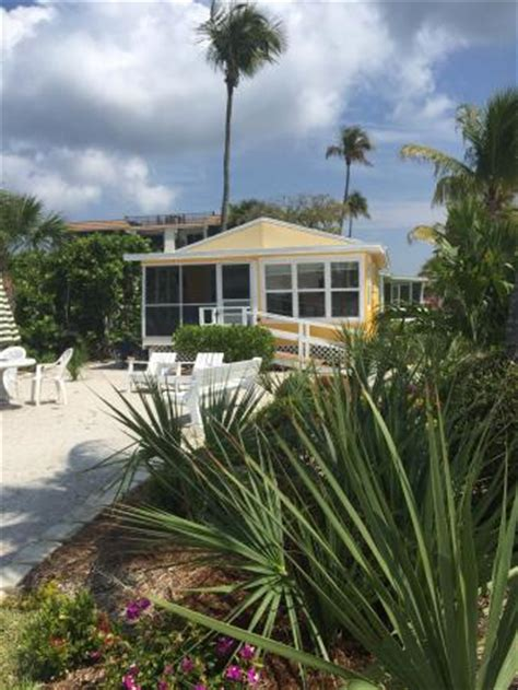 Sanibel Cottages by Cottage Picture Of Beachview Cottages Sanibel Island