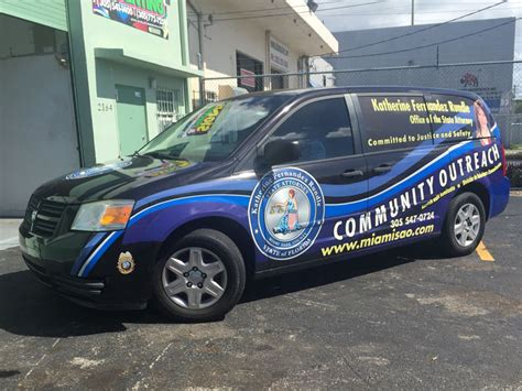 boat vinyl wrapping near me miami car wraps miami vinyl lettering sign writing for