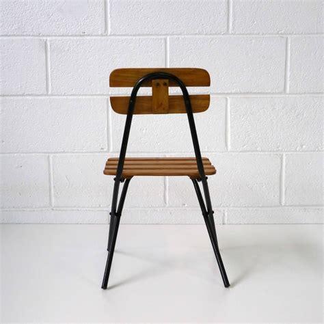 chaise design enfant chaise pliante enfant design la marelle mobilier et