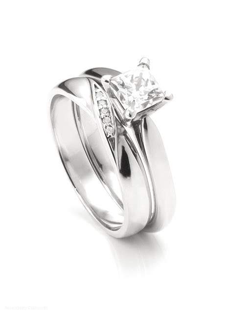 Wedding Bands To Fit Around Engagement Ring by Wedding Bands Fit Around Engagement Rings Engagement