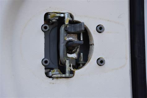 Hobby Caravan Bathroom Door Lock Caravan Repairs How To Fix A Sticking Door Handle