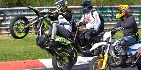 Motorrad Unfall Nürburgring by Motorrad Bilanz Vom Wochenende Die Sonne Scheint Biker