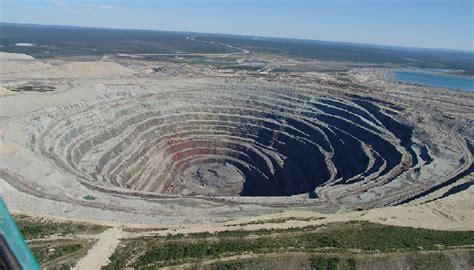 botswana treasure chest karowe diamond  israeli
