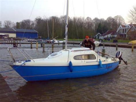 kajuitzeilboot te koop te koop kajuitzeilboot manta 19 advertentie 696661