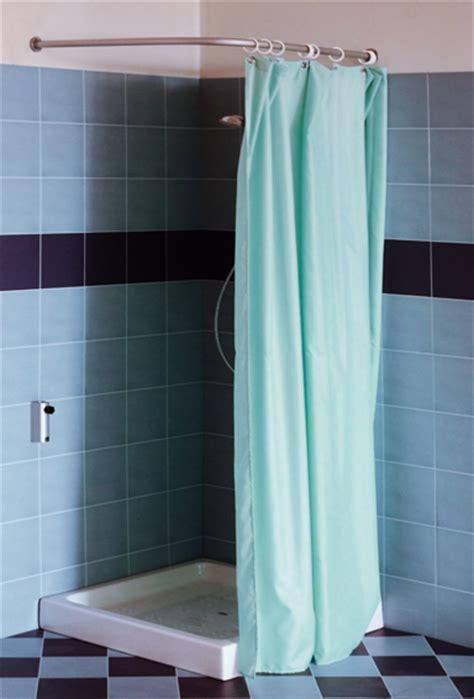 tenda doccia angolare tenere al caldo in casa 07 31 14