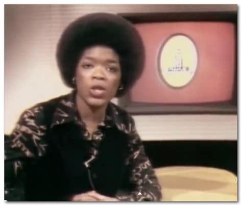 oprah winfrey salary oprah winfrey net worth salary accomplishments facts age