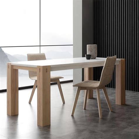 tavoli in legno massello allungabili tavolo allungabile in legno di frassino massello lotto