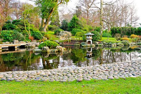 decorar jardin con rocas decoraci 243 n de jard 237 n con rocas