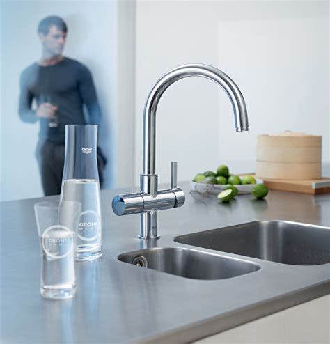 kitchen faucet water chilled and sparkling water from kitchen tap extravaganzi