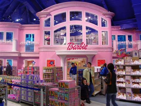 toys r us barbie house the barbie house i went to new york city pinterest