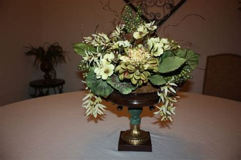 Dining Table Flower Centerpiece Made Dining Table Centerpiece Silk Flower Arrangement Home Decorating Ideas Vintage