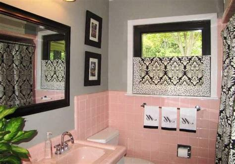 Pink Bathroom Ideas by Best 25 Pink Bathroom Tiles Ideas On Pink
