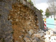 alte natursteinmauer eingebrochen bauunternehmen
