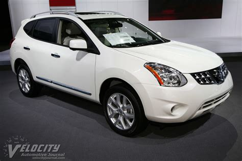 picture of 2013 nissan rogue