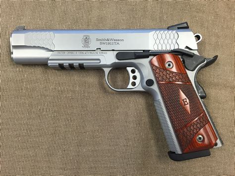 45er Auto by Smith Wesson Model 1911 Tactical Rail 45 Auto Stainless