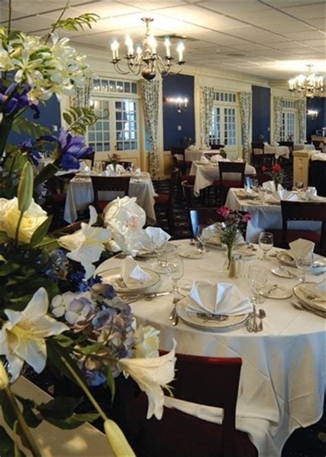 Yellow Dining Room Ideas The Dining Room At The Nittany Lion Inn Centre County