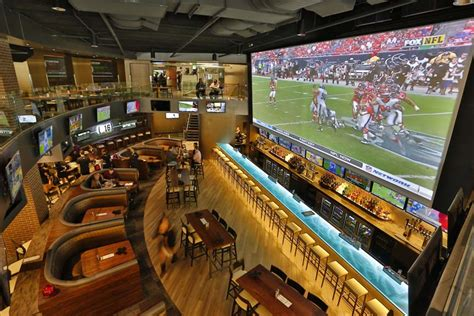top sports bars nyc top sports bars in nyc best places to watch sports in
