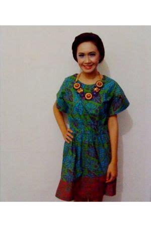 Batik Danar Hadi Sale blue danar hadi dresses yellow danar hadi necklaces quot batik quot by uilramone chictopia