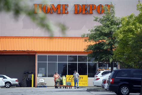 4 reasons shoppers will shrug home depot hack daily