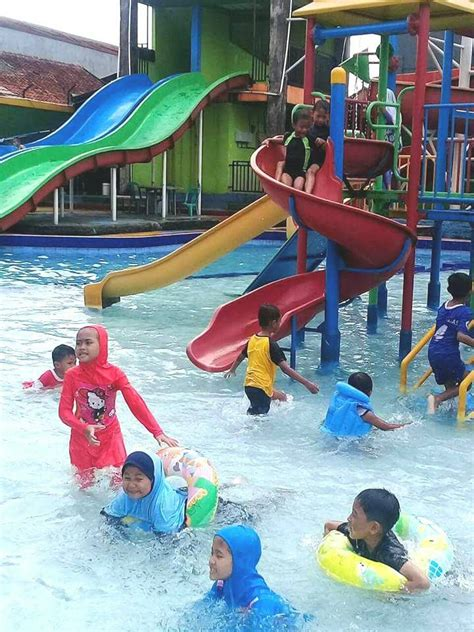 Harga Tiket Kolam Renang Aladin Binong 2018