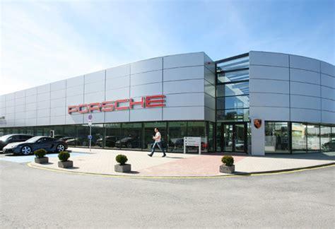 Porsche Design Online Shop by Porsche Online Shop Porsche Design Opens 100th Store